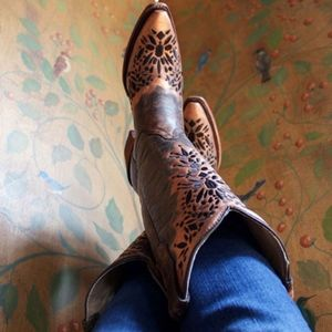 Corral Boots Circle G  L5368 new without box